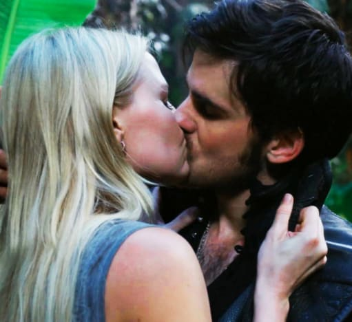 CaptainSwan Neverland Kiss - Once Upon a Time