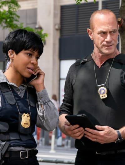Going Public / Tall - Law & Order: SVU - Law & Order: Organized Crime Season 1 Episode 7