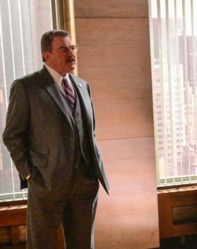 The Reagans Get A Shock - Blue Bloods Season 11 Episode 15