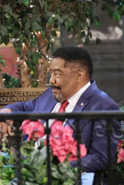 Abe Confides in Roman / Tall - Days of Our Lives