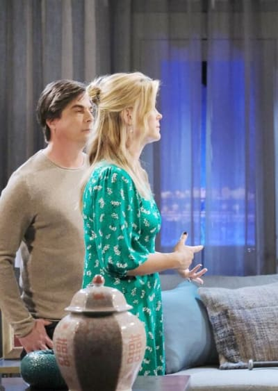 Grilling the Victims / Tall - Days of Our Lives