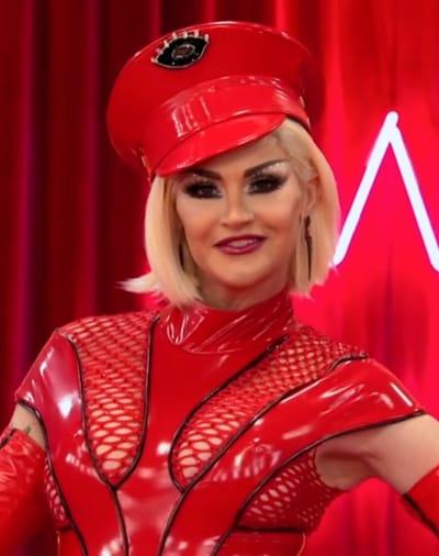 Kylie Sonique Love Werk Room Entrance - RuPaul's Drag Race All Stars Season 6 Episode 1