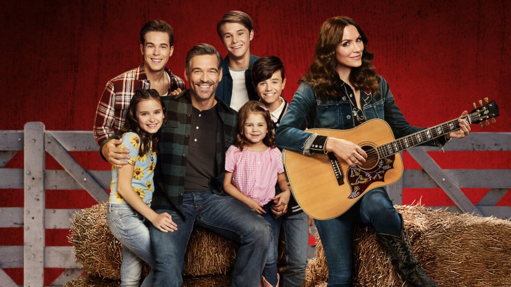 Country Comfort: Cancelled by Netflix; No Season Two for Katharine McPhee and Eddie Cibrian Sitcom