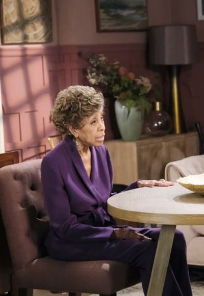 A Heated Conversation / Tall - Days of Our Lives