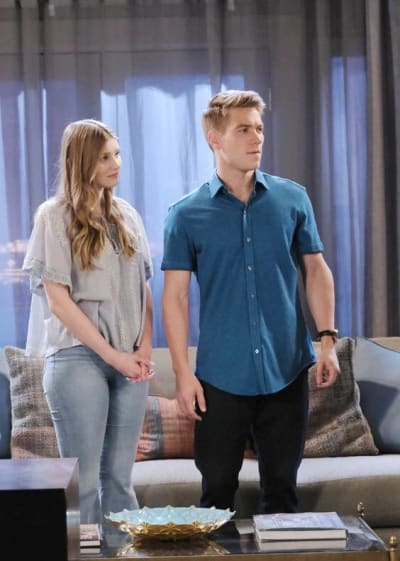 Allie Worries About Sami / Tall - Days of Our Lives