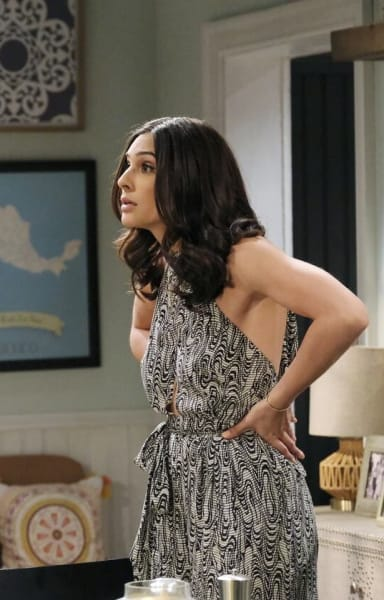 Gabi Has a Plan / Tall - Days of Our Lives