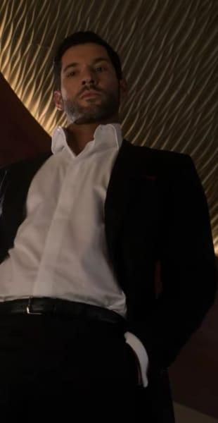 Lucifer Looking Down Season 5 Episode 1