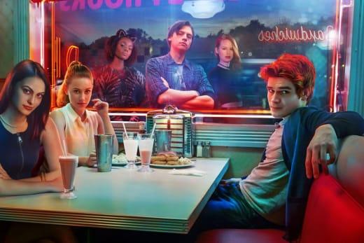 Riverdale Cast Photo