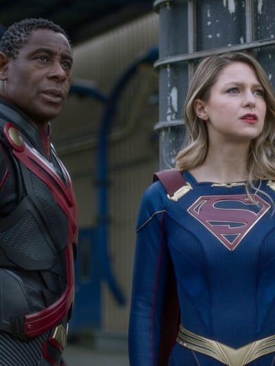 J'onn and Kara - Supergirl Season 6 Episode 9
