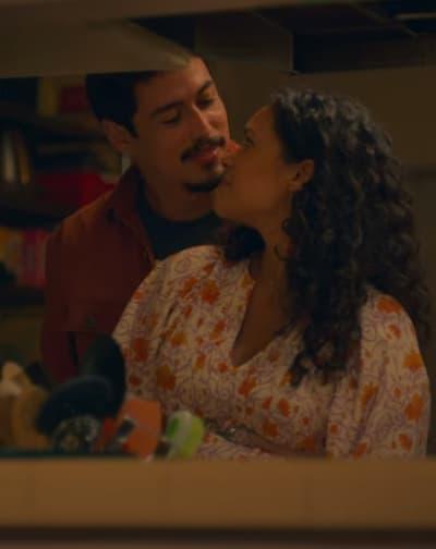 Happy and Domestic  - On My Block Season 4 Episode 1