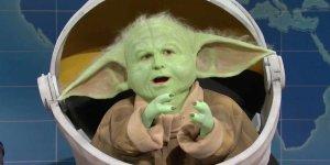 """Baby Yoda al SNL: """"Baby Groot, potrei spezzarti in due come un ramoscello"""""""