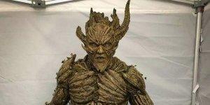 l'uomo floronico swamp thing dc universe