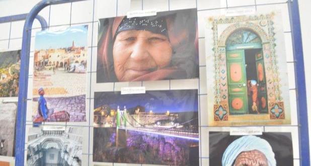 فيديو معرض الصور والاشياء القديمة بمتحف ناصر الدين ديني