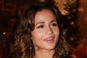 """Nanda Costa está no elenco da novela da TV Globo """"Salve Jorge"""", no Projac, Rio de Janeiro (2/10/2012)"""