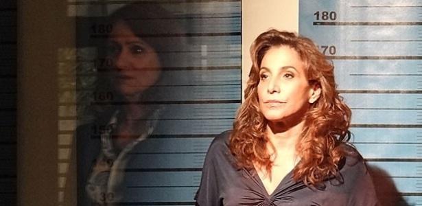 Berna diz que não deve mais nada à Wanda, já que não a reconheceu quando estava presa na delegacia