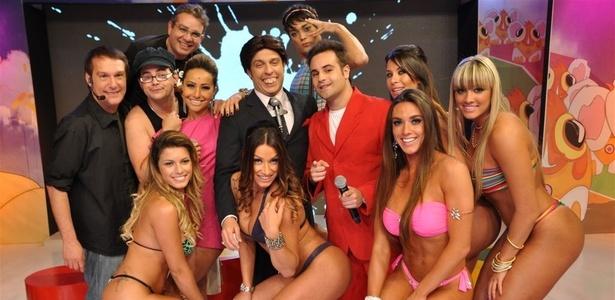 Programa Pânico na TV, que tem 3º lugar garantido na audiência e às vezes chega à vice-liderança (maio/2010)