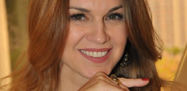 A atriz Adriana Garambone, que está na novela da Record Rebelde