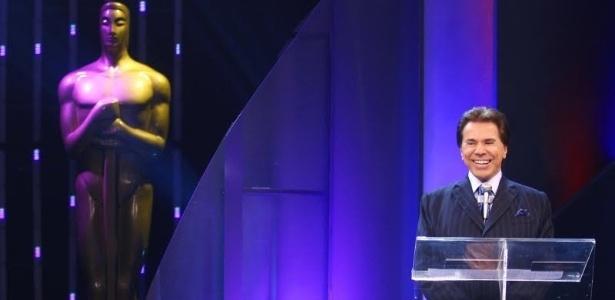 Silvio Santos apresenta o Troféu Imprensa 2011 (abril/2011)