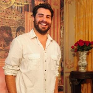 Thiago Lacerda na coletiva de apresentação de Cordel Encantado à imprensa (29/3/2011)