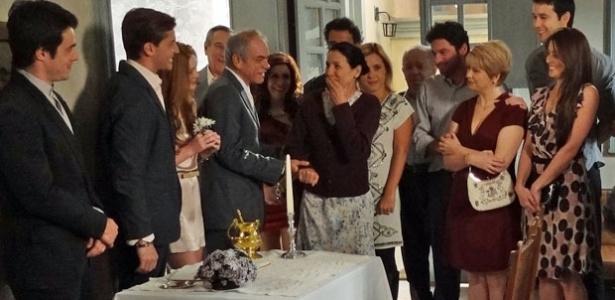 Dulce se emociona com a quantidade de convidados em seu casamento