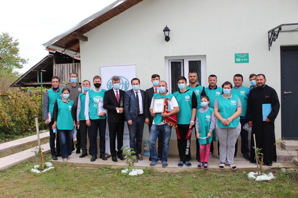 """ADRA ESTE AICI inaugurând a 330-a casă socială construită pentru familia Cismaru prin proiectul """"În sfârșit, acasă!"""""""