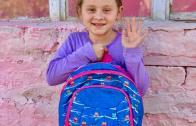 """ADRA """"VREAU LA ȘCOALĂ"""": Denisa, un copil cu o situație precară, dar cu rezultate foarte bune la școală, are nevoie de ajutorul tău!"""