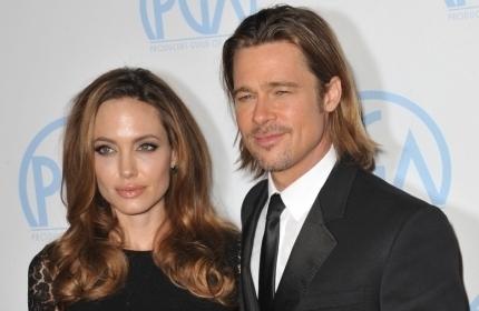 Анджелина Джоли и Брэд Питт на Рождество 2016 отдыхают в ...