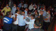 Adana Büyükşehir Belediyesi meclisinde kavga çıktı!