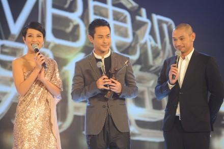 Stars align at the StarHub TVB Awards 2012