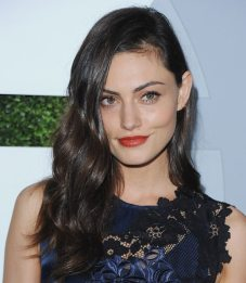 Phoebe Tonkin GQ Men Of The Year party 1