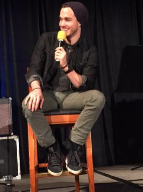 TVD CHICAGO DAY 1 WOOD 9
