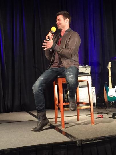 TVD CHICAGO GILLIES 12