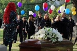 Chasing Life 2x08-2 / RICHARD BRANCATISANO, MARY BETH EVANS, TODD WARING