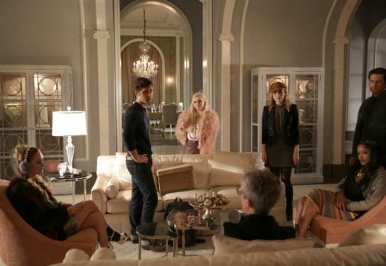 Scream Queens 1x10-1