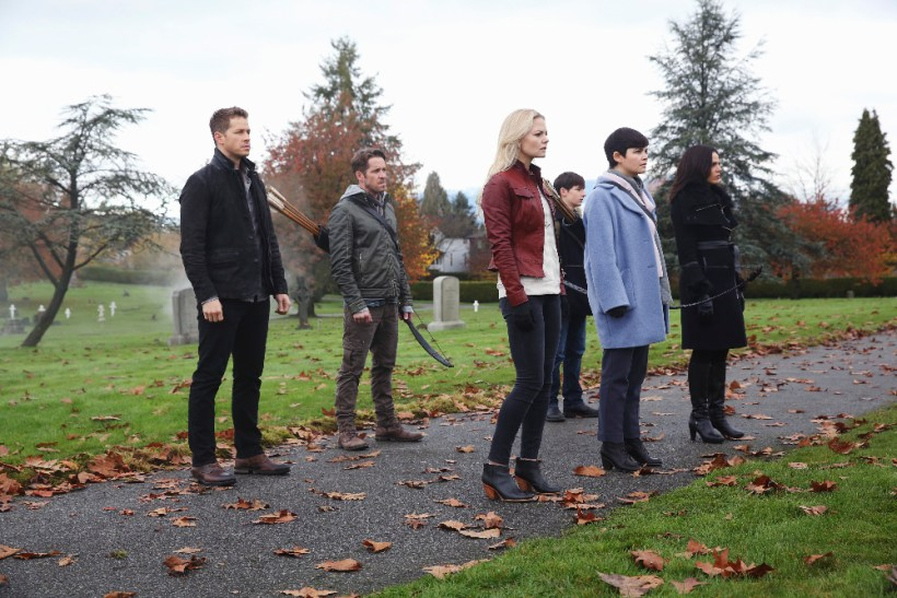 Once Upon A Time 5x12 - JOSH DALLAS, SEAN MAGUIRE, JENNIFER MORRISON, JARED GILMORE, GINNIFER GOODWIN, LANA PARRILLA