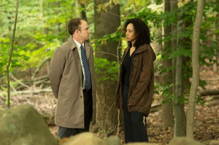 The Family 1x03 - MATTHEW LAWLER, MARGOT BINGHAM