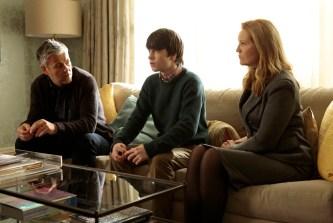 The Family 1x09 - RUPERT GRAVES, LIAM JAMES, JOAN ALLEN