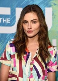 CW Upfronts 2016 - Phoebe Tonkin 1