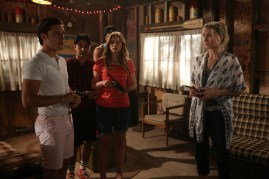 Dead of Summer 1x07 -RONEN RUBINSTEIN, MARK INDELICATO, ELIZABETH LAIL, ELIZABETH MITCHELL
