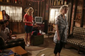 Dead of Summer 1x07 -RONEN RUBINSTEIN, MARK INDELICATO, ZELDA WILLIAMS, ELIZABETH LAIL, ELI GOREE, ELIZABETH MITCHELL