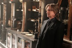 Once Upon A Time 6x02 - ROBERT CARLYLE