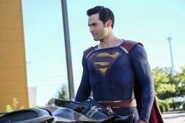supergirl-2x02-5