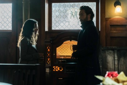 Sleepy Hollow 4x06-15