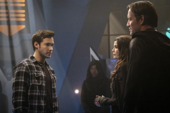 Supergirl 2x16-12