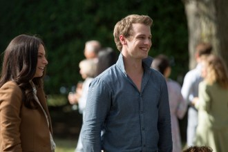 TIME AFTER TIME 1x04 - GENESIS RODRIGUEZ, FREDDIE STROMA