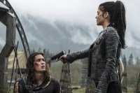 The 100 4x06-6