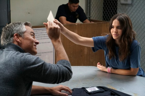 The Fosters 4x13 - KERR SMITH, MAIA MITCHELL