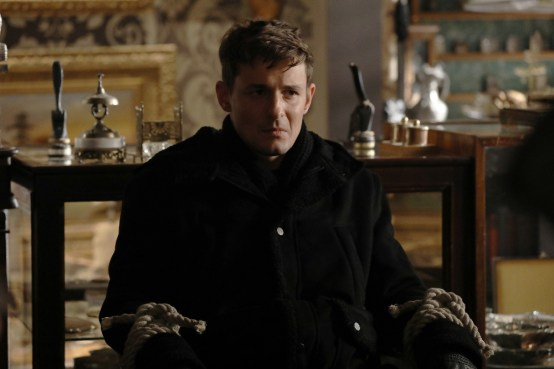Once Upon A Time 6x19 -GILES MATTHEY