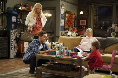 Baby Daddy 6x11 - 15