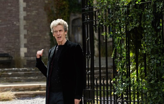 Doctor Who 10x04 - 01